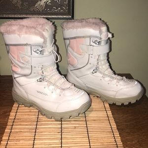 GLACIER SNOW BOOTS by QUEST Plush Lining